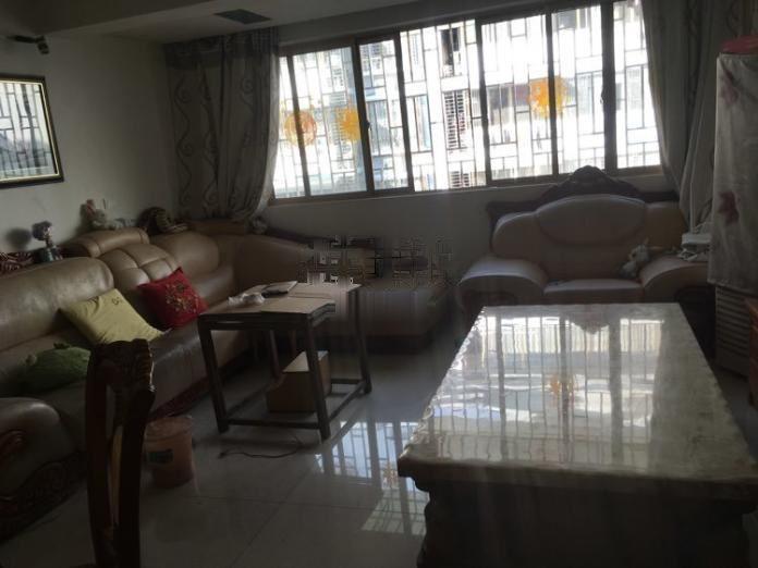 绿涛湾商业街 3室2厅1卫
