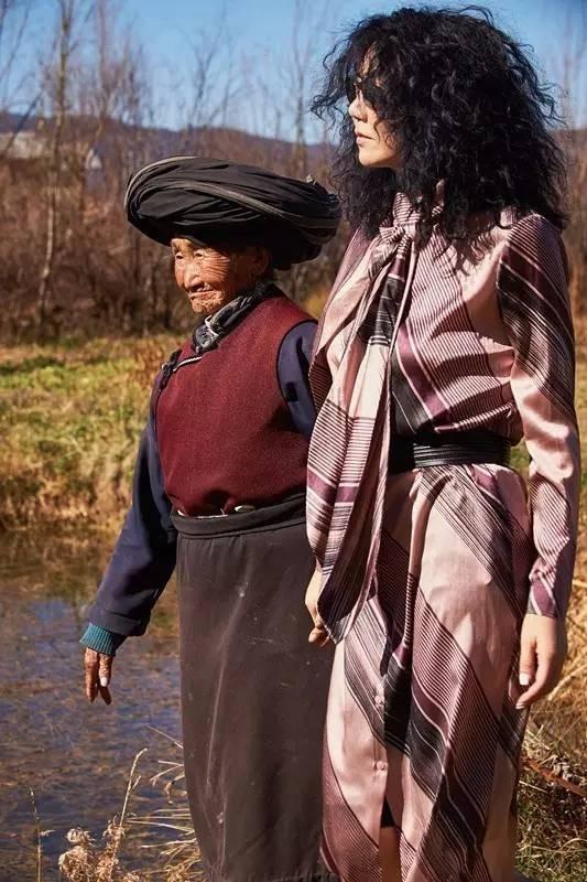 roundtable品牌女装 春季意味着希望与新生