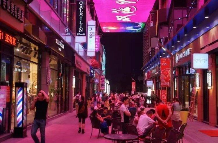 成熟步行街可明火餐饮铺 25平街铺 经营无限制