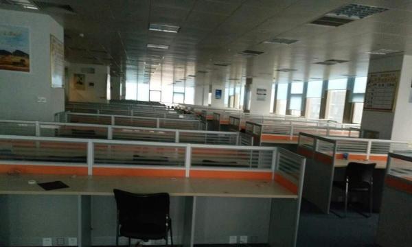 小潘出售二手办公桌员工位大班台老板桌沙发茶几