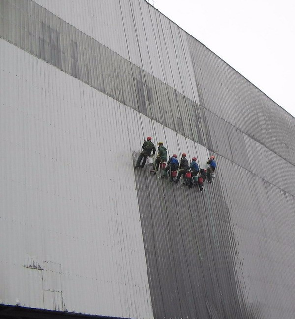 十年高空外墙清洗经验 外墙粉刷修补 开荒保洁 地毯清洗