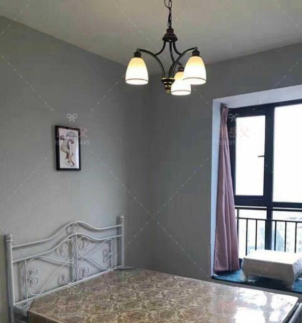 九龙新城. 5室0厅精装修公寓