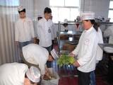 学厨师技术秦皇岛到虎振 秦皇岛厨师培训 秦皇岛学厨师