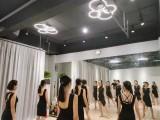 广州月光成人业余舞蹈培训班,主打古典舞 拉丁舞