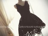 复古宫廷赫本蕾丝显瘦修身吊带小黑裙天鹅连衣裙