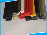 大量供应彩色PVC耐老化异型包边橡胶条 钢丝钢带异型防撞橡胶条