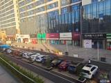 光明街商场必经通道旁125平旺铺,无转让费,无业态限制