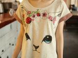 日系新款女装甜美印花短袖红格子边猫咪蝙蝠袖女式宽松T恤衫