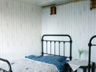 日租月租拎包入住三层复式北欧风精装修可看解放碑夜景