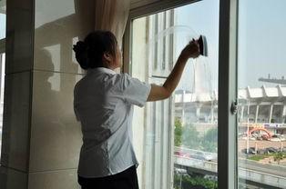 太原小店专业擦玻璃打扫家