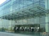 西城区安装玻璃雨棚 破碎玻璃专业更换