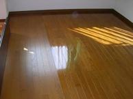 广州番禺区实木红木地板清洁打蜡,华玉专业地板打蜡公司电话