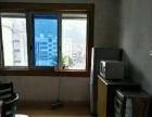 金城江文体路附近单 3室2厅110平米 简单装修 押二付三