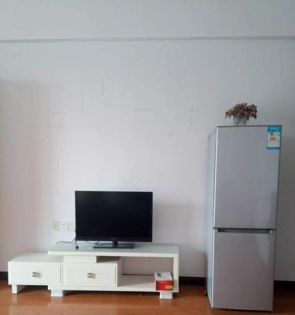 新悦城 1公寓1室1厅出租 独立卫生间 阳台 采光好