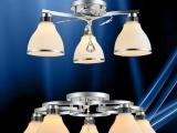 厂家直销餐吊灯现代简约吸顶吊灯餐厅灯三头饭厅客厅时尚灯具灯饰