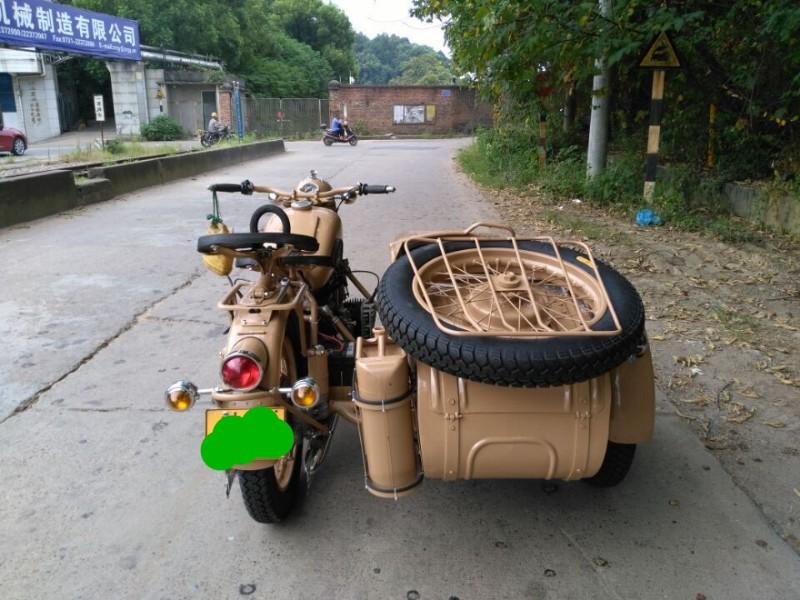 长江款750军挎 挎子 偏三轮摩托车 偏三斗 边三轮 复古