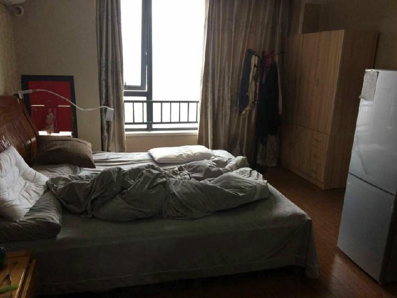 金华万达广场单身公寓精装修出租 1室 1厅 41平米 整租