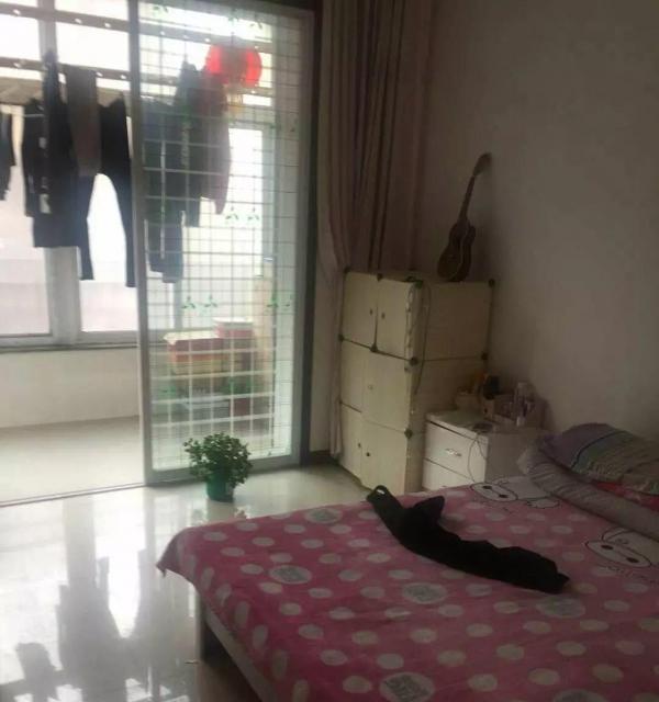 出租福临佳苑两室一厅干净舒适三楼包取暖包物业