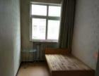 文景苑 3室1厅 次卧 简单装修