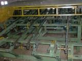 高速全自动锯木机,可一次分3-4条不等尺