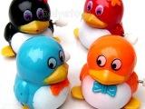 1110上链发条会走路的QQ滑稽可爱 发条QQ企鹅玩具批发淘宝热