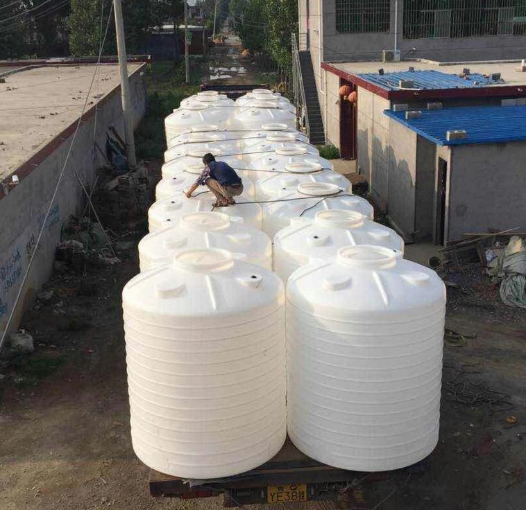 专业生产滚塑塑料桶3吨2吨1吨水桶 5吨8吨10吨化工塑料桶