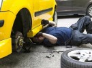 龙岗平湖24小时上门修车补胎过电等其它汽车救援