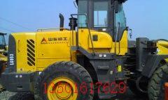 钦州二手铲车出售:30 50二手装载机优惠价格
