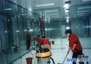 盐城专业工程保洁,擦玻璃,清洗外墙,清洗地毯,打蜡