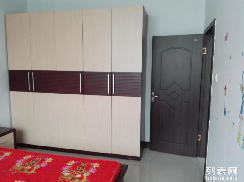 文峰广场附近 2室 1厅 90平米 整租
