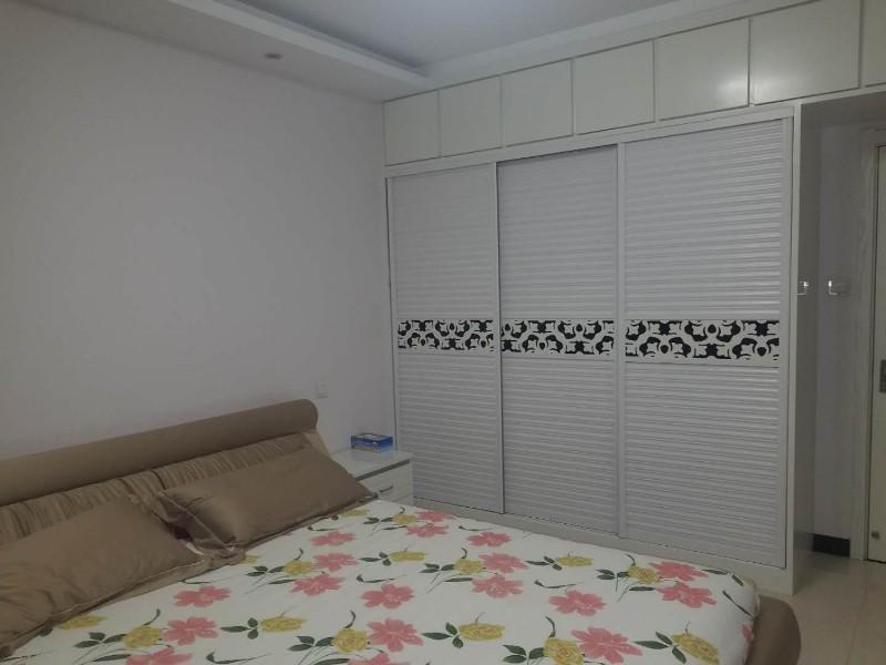 河西 广厦上城 3室 2厅 140平米 出售南北通透户型方正