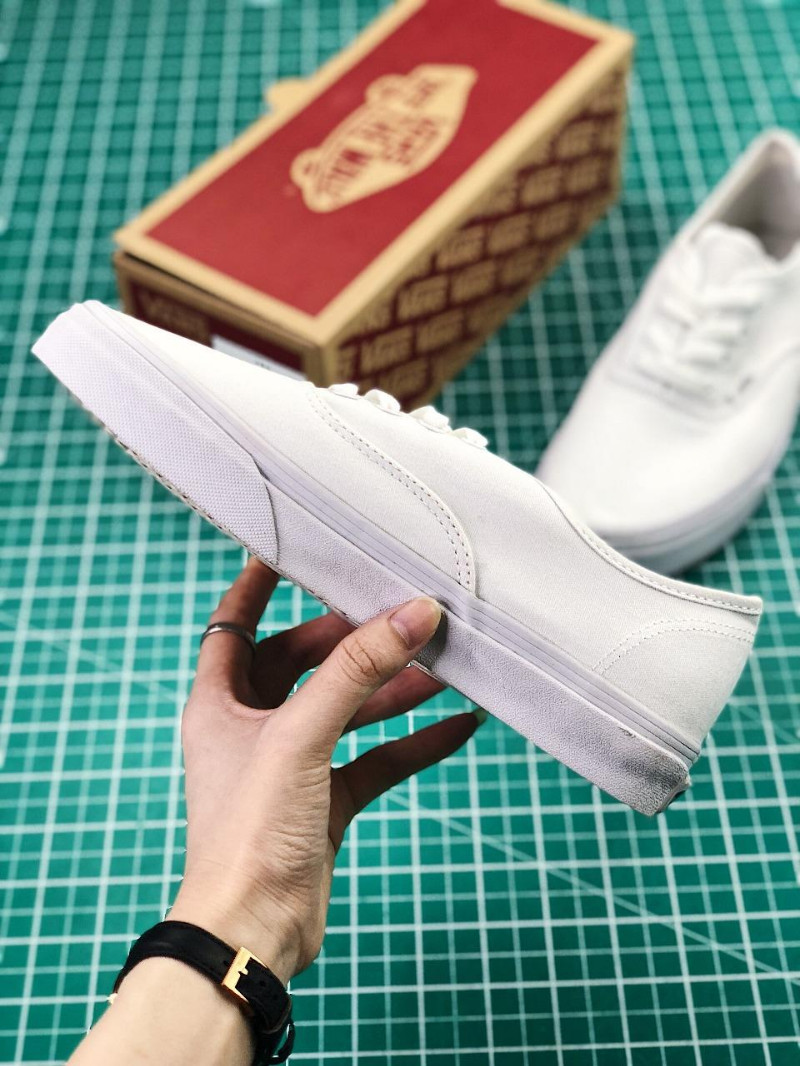 Vans范斯-Vans Authentic 安纳海姆板鞋帆布