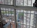 步行街附近高档小区雅典新城小区物业管理好,绿化率高