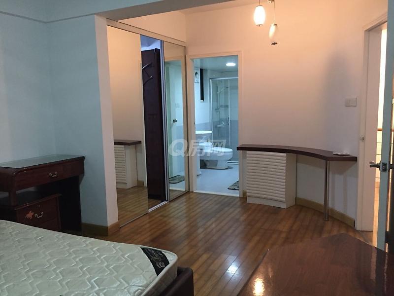 康欣园 精装修 4房2厅 2层复式 家私齐全