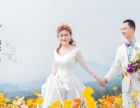 巴中巴黎婚纱:漂亮的建筑,漂亮的我们