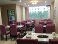 饭店物品奥克斯空调,座椅基本全新,灯饰,厨具
