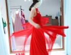 国际婚纱礼服定制新娘跟妆