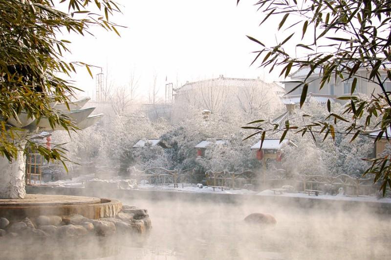 北京南山滑雪场 2018南山滑雪一日游+春晖园温泉养生一日游
