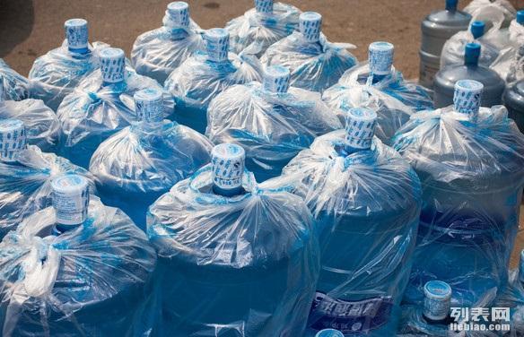 嘉定区上海嘉定订桶装水快速桶装水立即订购