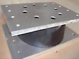 怎么挑选品牌好的加劲板橡胶支座-加劲板橡胶支座定制