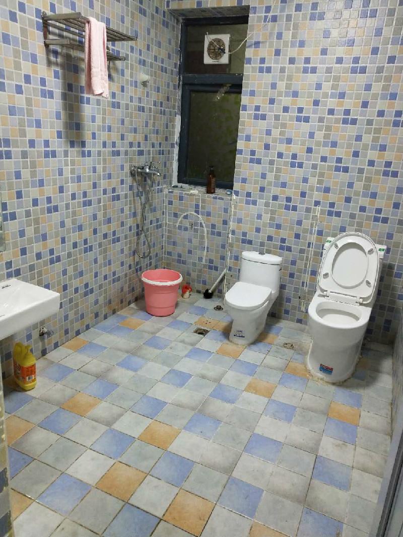 房东地铁口星海名城一房特价出租 1室 1厅 38平米 整租
