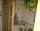 步行街头华龙市场6层4家合租350 4室1厅1卫 男女不