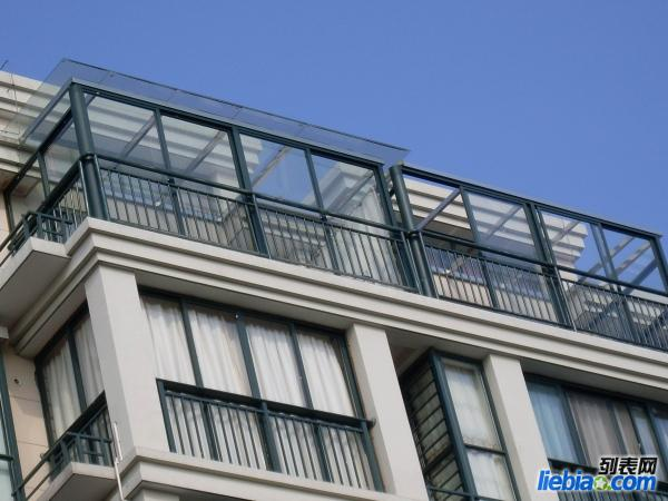 宁夏门窗装饰部承接肯德基门,阳光房,断桥铝,木包铝,包露台