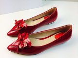 欧洲站新款时尚平跟广州女单鞋蝴蝶结漆皮真皮女鞋尖头平底单鞋