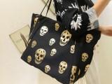 **潮牌金色骷髅头黑色大包包2013新款帆布包单肩包购物袋女特价