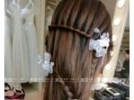 新娘化妆跟妆盘头