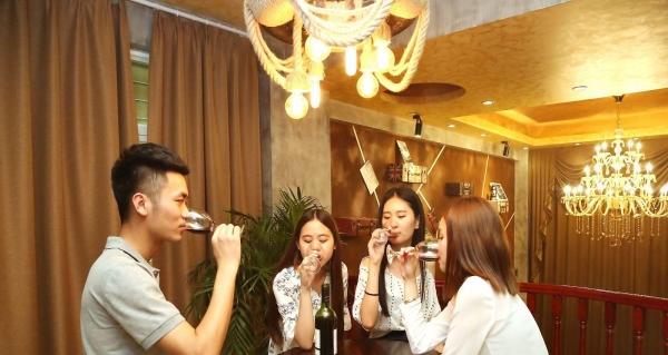晋江年终公司年会同事聚餐较佳场所