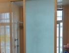 出租房精装修,木地板地面,有空调,热水器等