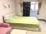 精装修一室卧室朝南生活便利家具家电齐全包采暖物业随时看房