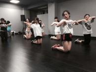 呼市专业舞蹈培训海亮舞蹈演员培训在呼市没基础可以学跳舞吗